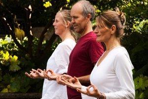 Yogaschule Carolin Flinker: Team