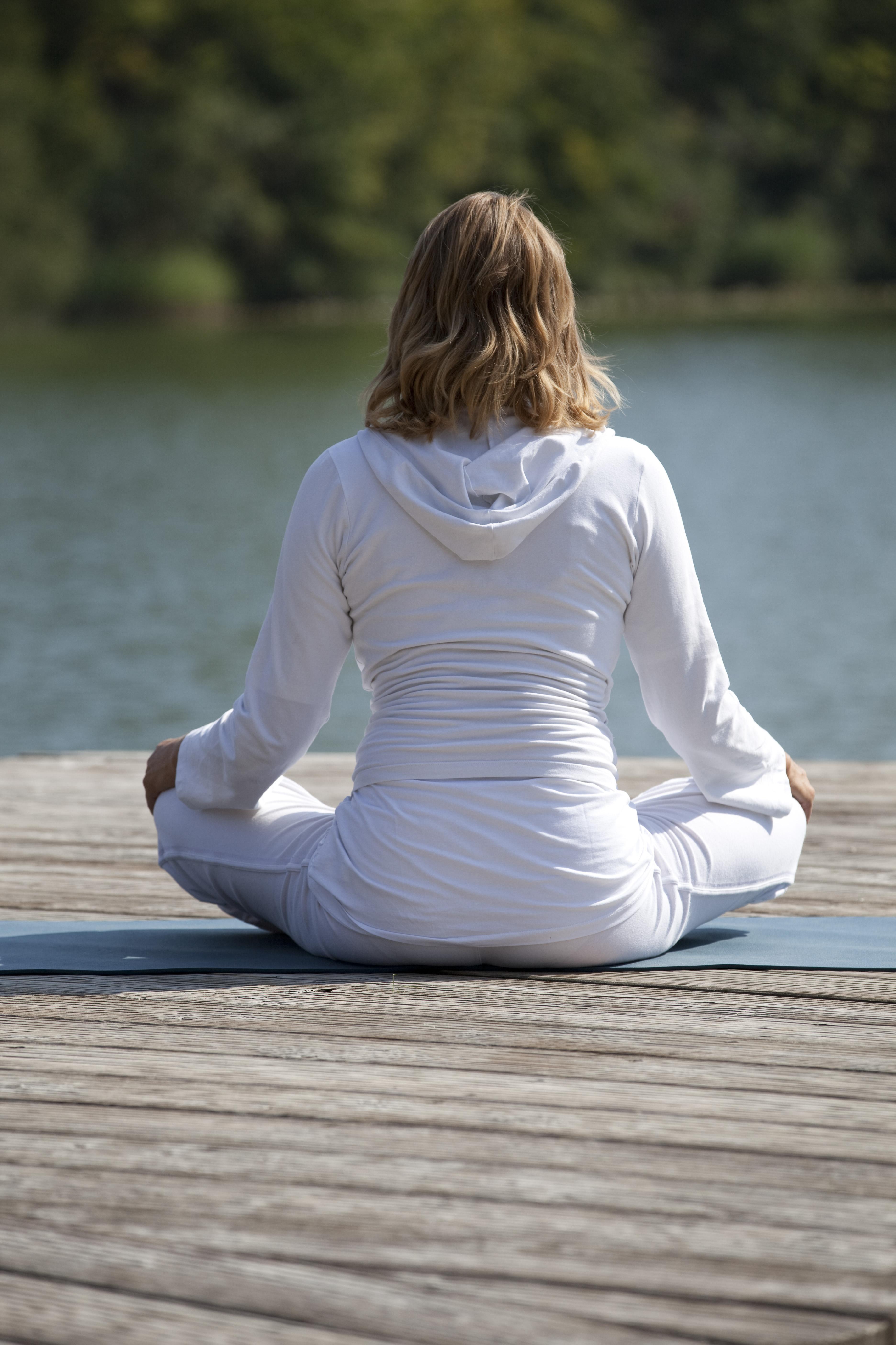 Yogaschule Carolin Flinker Rücken Yoga